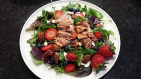 Grilled Chicken and Berry Salad